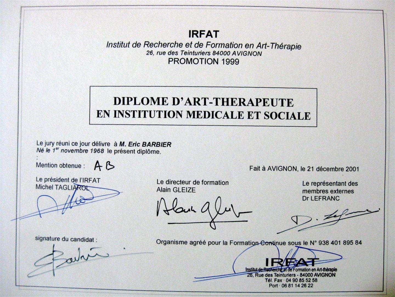 Eric Barbier diplôme d'art-thérapeute en institution médicale et sociale